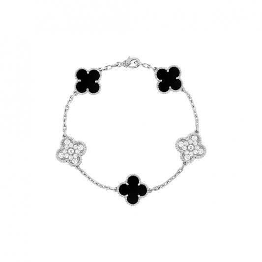 Vintage Alhambra 手鍊 5枚墜飾,白 K金,縞瑪瑙圓形鑽石; 金,縞瑪瑙圓形鑽石; DEF 、 IF 至 VVS 級鑽石。 建議售價 : 約新台幣 416,000元