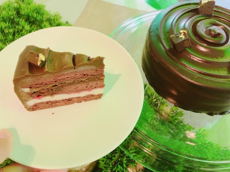 烏龍魔鬼生巧克力蛋糕