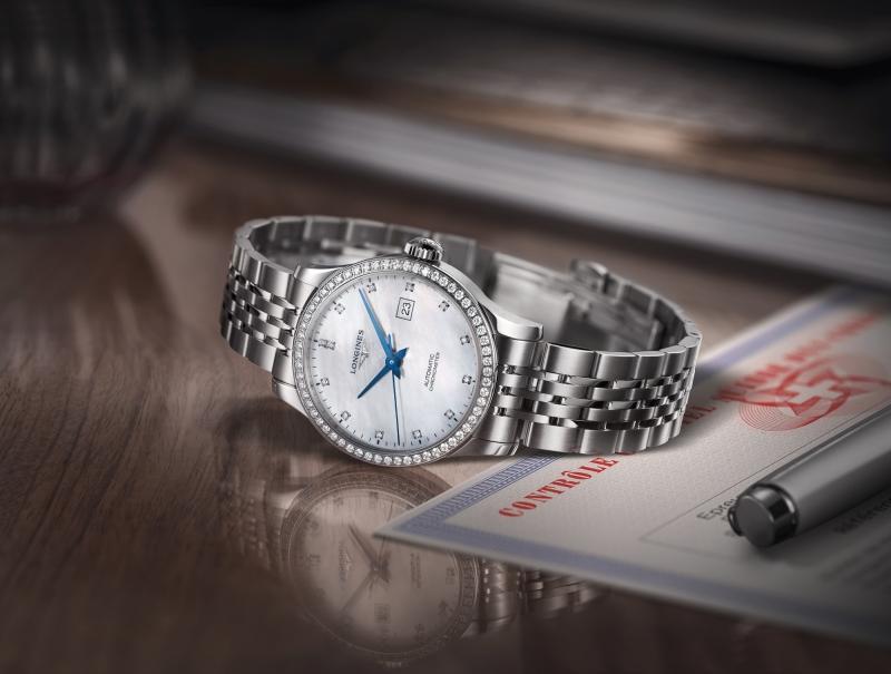 Longines 浪琴表Record系列腕錶情境圖