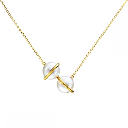 M/G TASAKI WOVEN 珍珠黃K金項鍊,18K黃金、淡水珍珠,NT73,900。