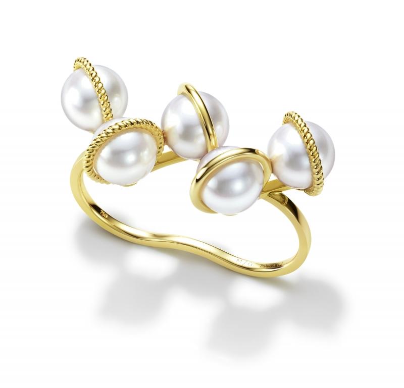 M/G TASAKI WOVEN 珍珠黃K金雙戒指,18K黃金、淡水珍珠,NT175,000。
