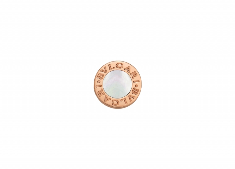 BVLGARI BVLGARI MAKE YOUR PAIR系列珍珠母貝玫瑰金耳環_參考價格約 TWD 23,700元
