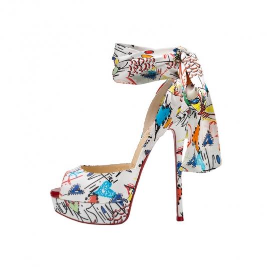 塗鴉造型厚底綁帶高跟鞋,Christian Louboutin。