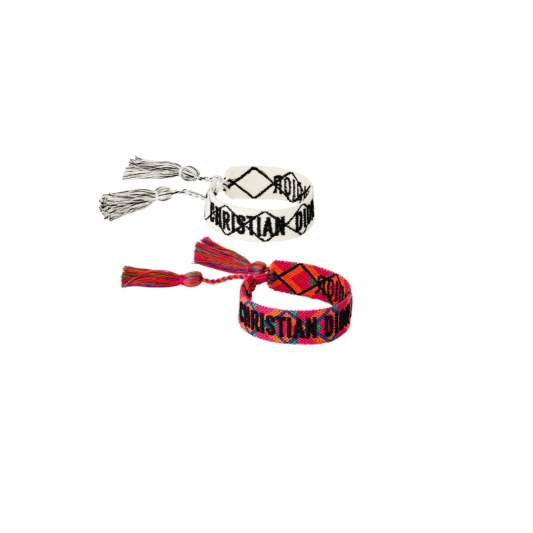 編織成對手環,Dior,NT8,200。