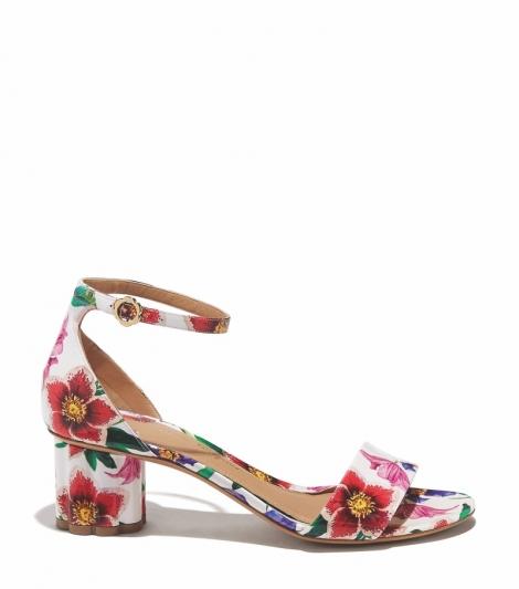 花卉圖案花漾跟涼鞋,Salvatore Ferragamo。