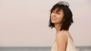 20年的宇多田光,虐心的旋律依舊讓人起雞皮疙瘩,全新專輯《初戀》現正上架!
