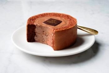 讓舌頭會咕溜滑倒的絲滑口感 GODIVA黑巧克力慕絲蛋糕小7限時搶賣開跑