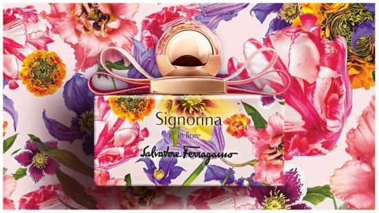 彷彿穿上繡滿鮮花的圓裙!Salvatore Ferragamo花漾伊人限定版,從印花瓶身一路絕美到瓶內的梨子雪酪香氣~