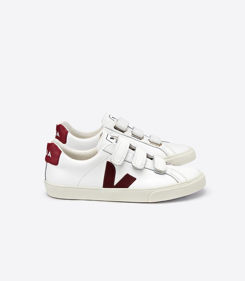 3-LOCK系列鞋款NT4,980(8/03日上市)