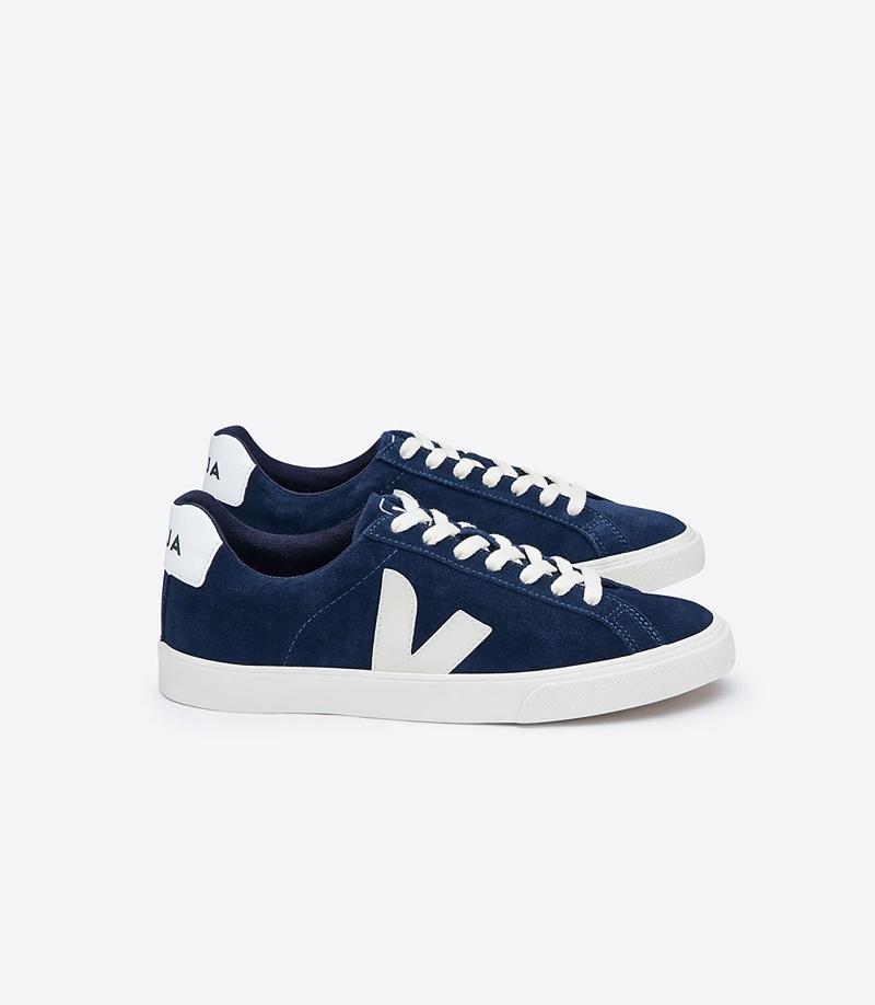 經典ESPLAR系列麂皮鞋款NT4,280(8/17日上市)