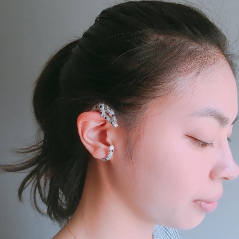 Cartier 美洲豹耳掛式耳環 實戴照片