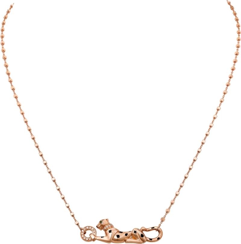 將於11 月正式上市 Sweet Demoiselle 趴豹玫瑰金項鍊 玫瑰K 金,黑色真漆,鑲嵌1 顆沙弗萊石及圓形明亮式 切割鑽石。參考價格約NT$ 287,000