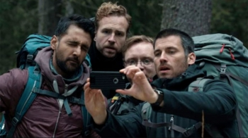 【鬼月片單企劃】超級好看,真心不騙!Netflix自製電影《林祭》,走進森林深處,遇見最深的恐懼!
