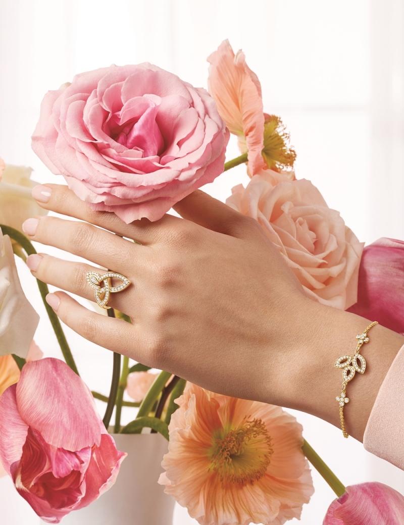 海瑞溫斯頓 Lily Cluster鑽石黃金手鍊及鑽石黃金戒指