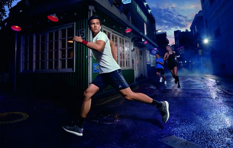 跟着彭于晏一起跑起来!adidas专为街头路跑打造