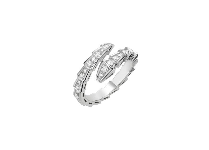 BVLGARI SERPENTI系列 白K金鑽石戒指,參考售價約NT186,500