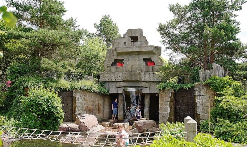 侏羅紀公園區