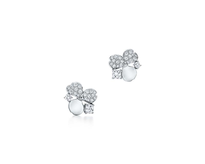 Tiffany Paper Flowers 系列 - 花瓣設計鉑金鑲鑽與鑽石點綴耳環 NT$272,000