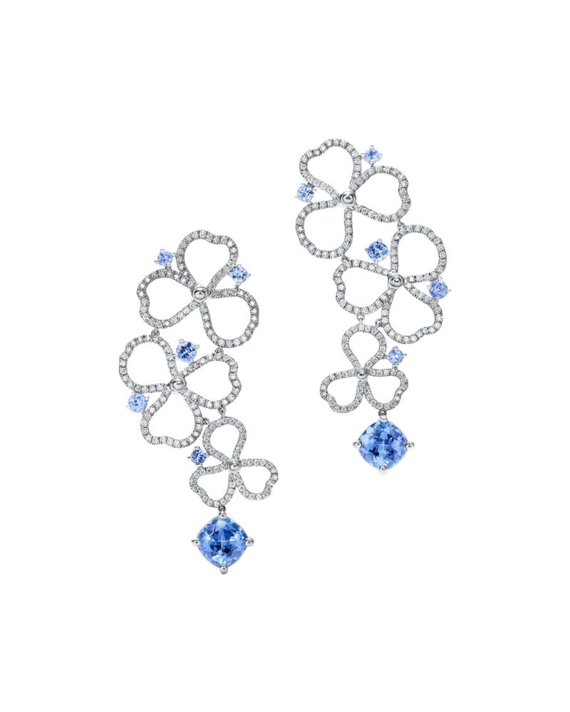 Tiffany Paper Flowers 系列 - 鏤空花瓣設計鉑金鑲嵌鑽石與丹泉石耳環 NT$510,000