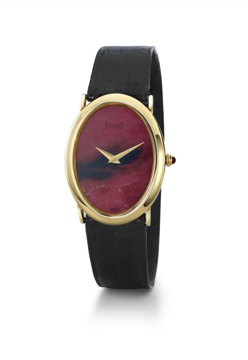 寶石錶盤腕錶 伯爵古董腕錶 黃金材質薔薇輝石錶盤 搭載伯爵傳奇9P超薄手動上錬機械機芯 1967年 伯爵傳承典藏 絹質錶帶