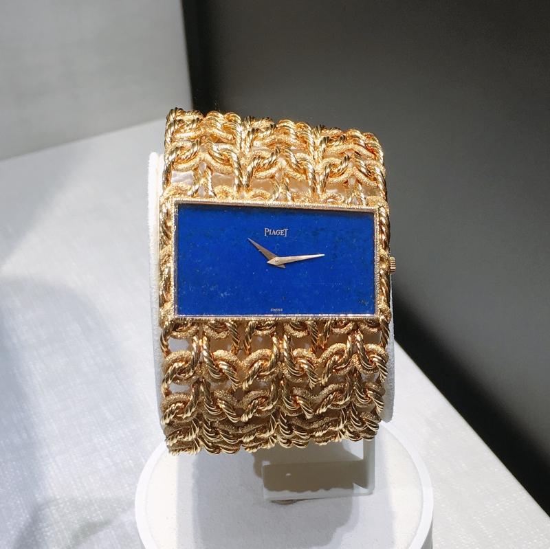 手鐲錶 伯爵古董手鐲腕錶黃金材質青金石錶盤 搭載伯爵傳奇9P超薄手動上錬機械機芯 1971年 伯爵傳承典藏 9060 D56