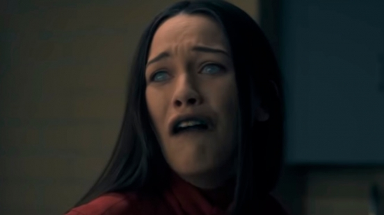 全球最性感男神麥可俞斯曼加盟出演!改編經典恐怖小說,Netflix全新驚悚影集《鬼入侵》10月開播