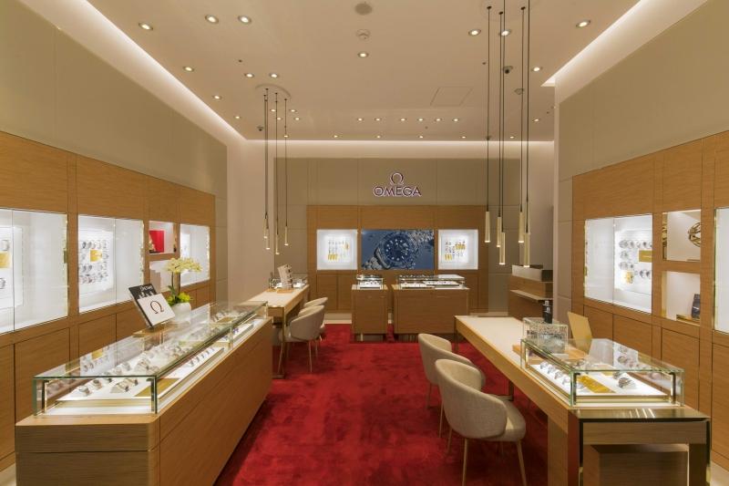 OMEGA 台中大遠百名品店,透過恬靜優雅的鑑賞空間,再次展現 OMEGA 追求臻至完美的精神,為中台灣帶來極致尊榮的服務