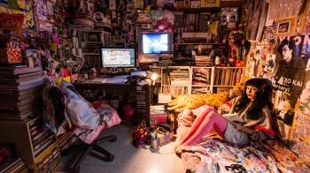 「秋葉原御宅女」房間長什麼模樣?攝影師川本史織為你揭曉秘密!