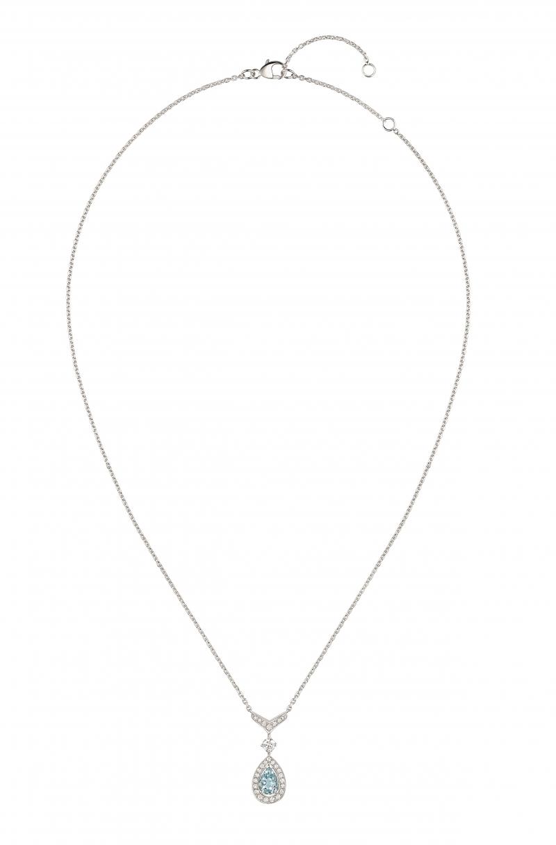 Joséphine Aigrette 18K白金海藍寶石吊 墜 • 鑲嵌一顆 0.6 克拉梨形海藍寶石 • 建議售價: TWD 187,000 • Reference: 083315