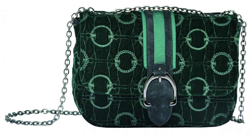 LongchampAmazone系列肩背包冷杉綠,參考售價NT18,900。