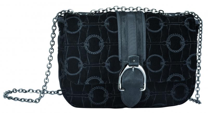 LongchampAmazone系列肩背包黑色,參考售價NT18,900。