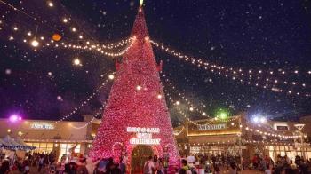 必拍18米高「可穿越」的奇幻聖誕樹!GLORIA OUTLETS華泰名品城打造2018浪漫聖誕村、露天飄雪聖誕市集