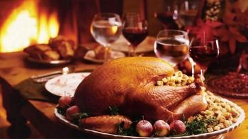 年年熱賣的火雞外帶餐今年也有!勞瑞斯推出3種感恩火雞禮籃,附餐經典胡桃派更必吃