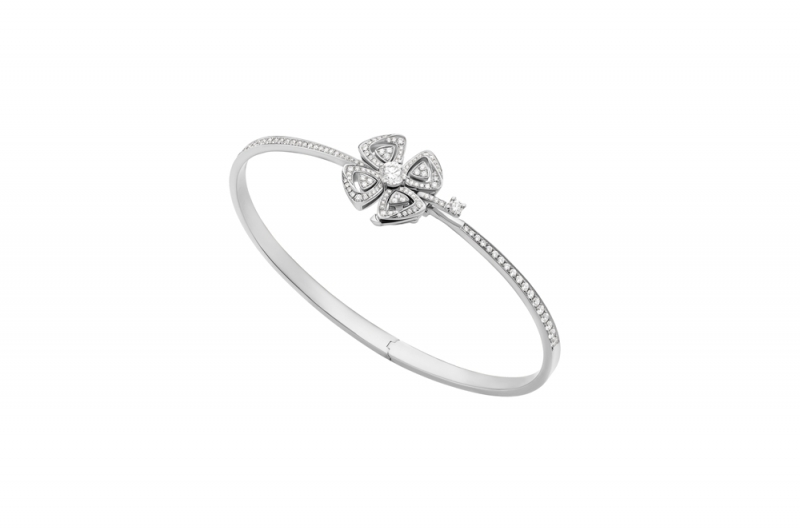 BR858706_BVLGARI FIOREVER 系列白K金鑲鑽手環_參考售價 約新台幣 384,700元