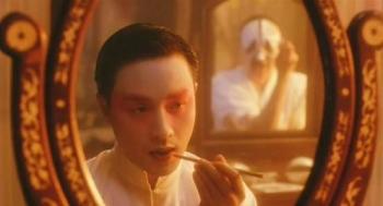 哥哥張國榮演唱〈當愛已成往事〉讓人秒爆哭!重溫《霸王別姬》8大經典台詞:「差一年,一個月,一天,一個時辰,都不算一輩子。」