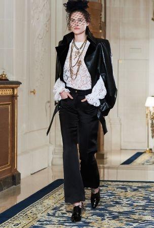 Chanel 2017 Métiers d'art Paris Cosmonpolite 工坊系列。