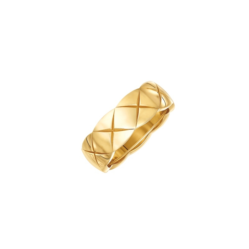 COCO CRUSH戒指_小型款:18K黃金。 售價NTD76,000元