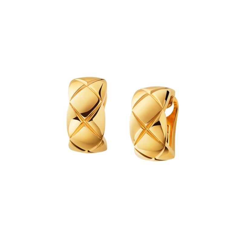 Coco Crush耳環_18K黃金。 售價NTD105,000元