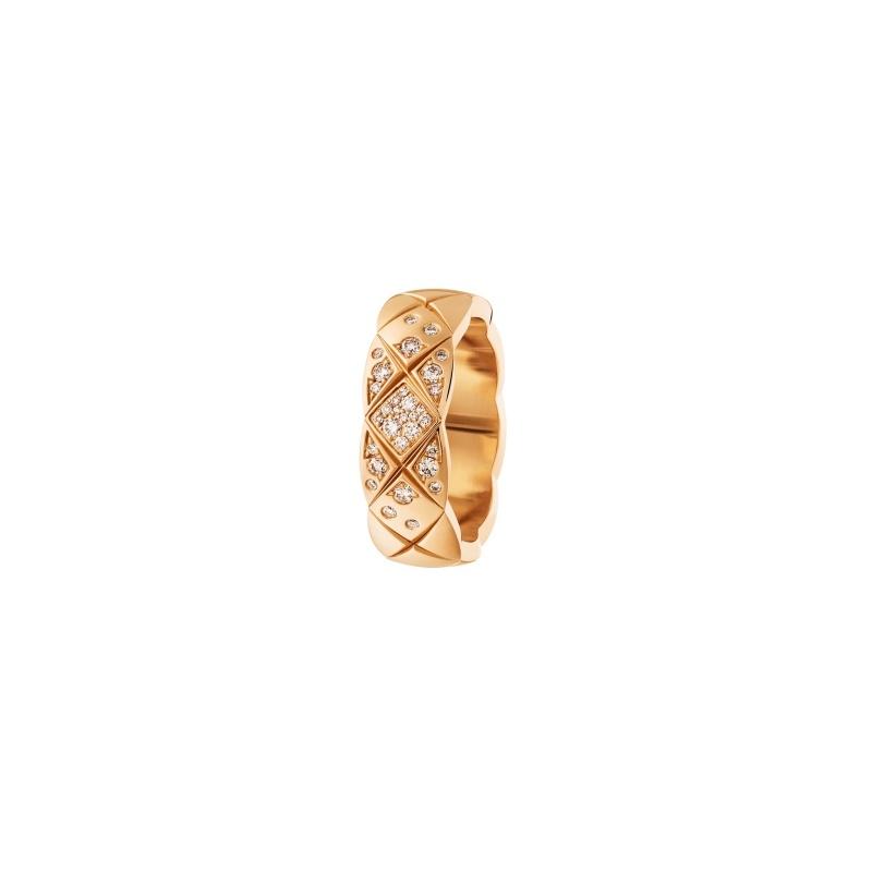 COCO CRUSH戒指_小型款:18K Beige米色金鑲嵌鑽石。 售價NTD144,000元