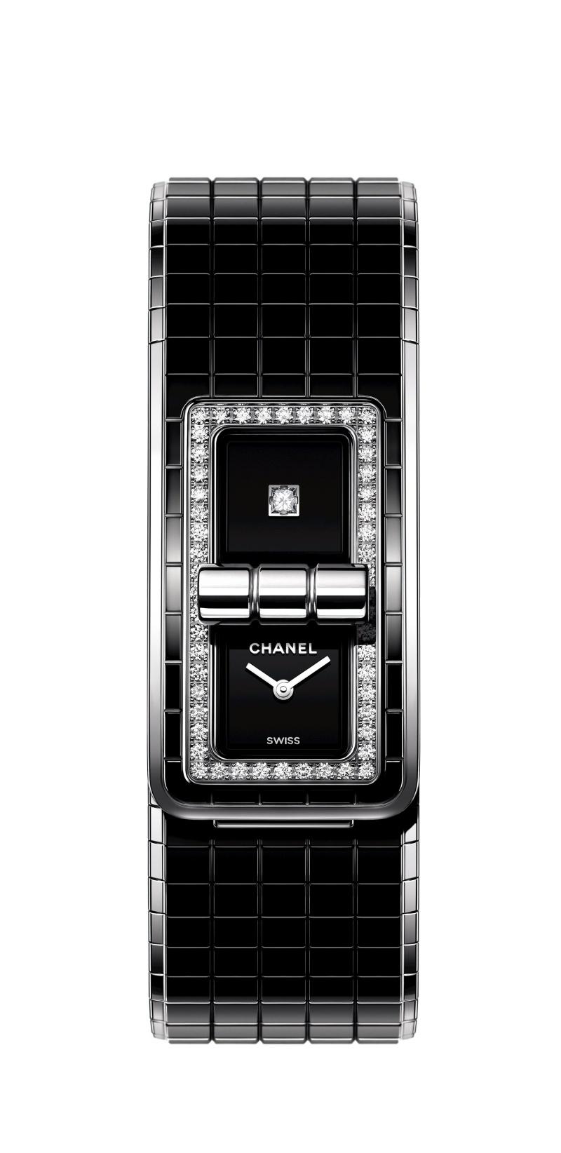 CODE COCO腕錶:精鋼鑲嵌鑽石及黑色高科技精密陶瓷。 售價NTD357,000元