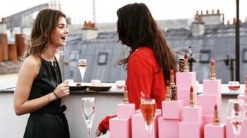 【盤點2019妳最該造訪的城市】跟隨名媛走在時髦尖端,新年度就從全球必訪經典城市找到妳的命定唇色靈感!