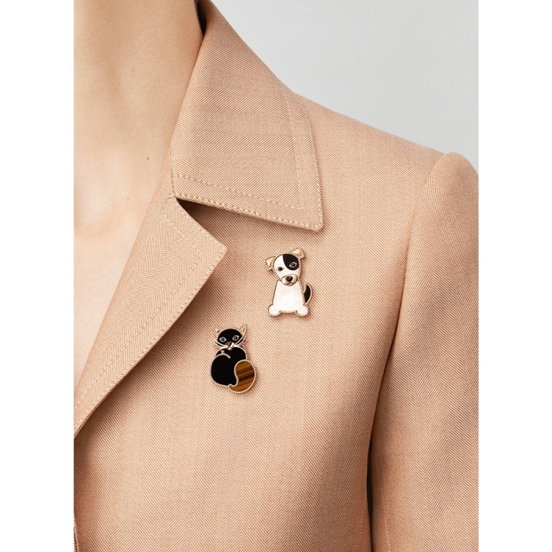 Van Cleef & Arpels动物主题The Lucky Animalstm胸针系列
