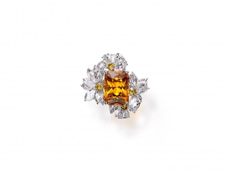 MIKIMOTO Praise to Nature 頂級珠寶系列石榴石鑽石鉑金戒指,建議售價NT$730萬元
