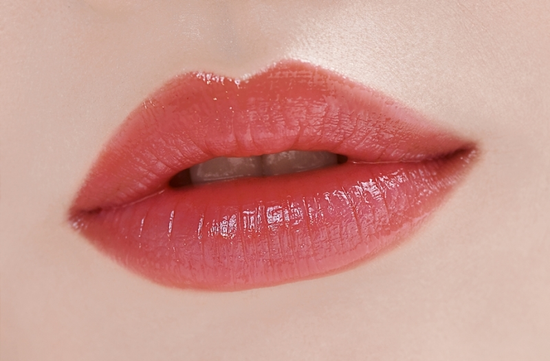 LANEIGE蘭芝水漾超膜潤唇凍(#2熱戀粉紅妝效示範