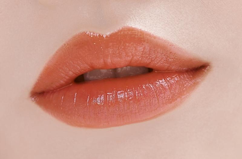 LANEIGE蘭芝水漾超膜潤唇凍(#3怦然亮橘) 妝效示範