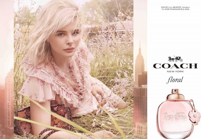 7338e99b93a6 全新的芙洛麗淡香精瓶身與盒身設計保有了COACH品牌的經典元素,同時加入了茶香玫瑰圖案花樣,可謂2018年COACH的期待之作!在配色上,採用相當受到少女們最喜愛的玫瑰金  ...